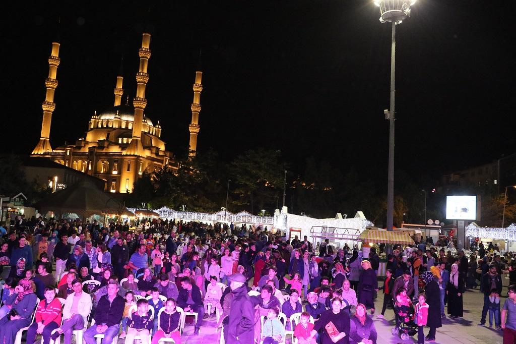Ramazan Sokağına Yoğun İlgi